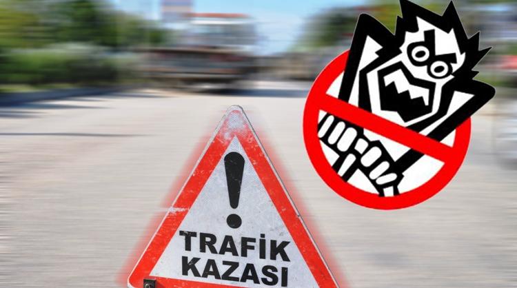 Adana'da Otomobil Ağaca Çarptı: 7 Yaralı