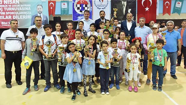 """Başkan Uludağ,"""" İlginin fazla olması bizleri mutlu etti"""""""