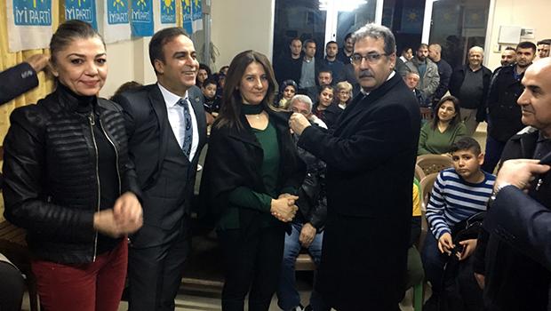 İyi Parti Adana'da Sahaya İndi...