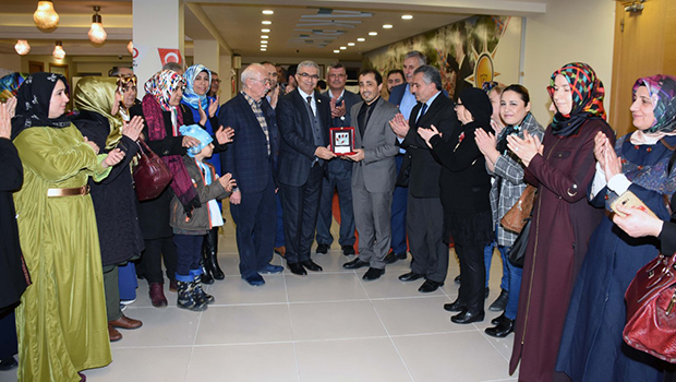 AK Parti Teşkilatı Kan Bağışına Destek Verdi...