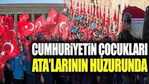Anıtkabir'de Atatürk Sevgisi...