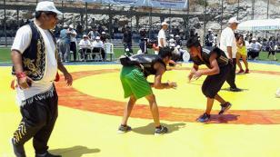 Ceyhan Belediyesi güreş takımı başarıdan başarıya koşuyor