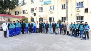Adana'da Yükümlüler Okullarda Boya ve Tadilat Yapıyor