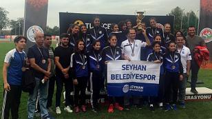 Seyhan Belediye Sporun Bayanları Süper ligde