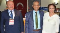 Türk Dünyası 3.Gazeteciler Şurası Kazakistan'da yapılıyor!