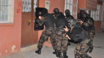 Çıkar Amaçlı Çete Kuran, 1'i Kadın 12 Kişi Yakalandı