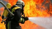 Adana Lpg'li Otomobil Yangında Küle Döndü