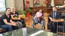 Başkan Uludağ'dan Engelli Ayşe'ye 'Anlamlı' Hediye!