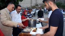 AK Parti Çukurova'dan hergün iftar!