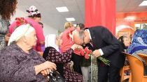 Vali Demirtaş: ''Yaşlılarımızı, Çocuklarımızı Koruyup Kollamaya Devam Edeceğiz''