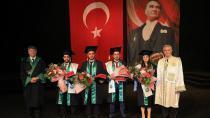 ÇÜ Mühendislik Fakültesi 383 Öğrencisini Mezun Etti