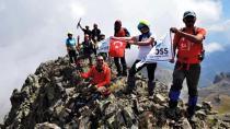 Adanalı Dağcılar Kaçkar Dağı Zirvesine Çıktı