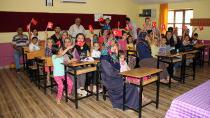 Kozan Belediyesi Minikleri İlk Günlerinde Yalnız Bırakmadı