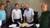 Bekir Ege'ye 'Sürpriz doğum günü' kutlaması