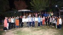 AK Partili Gençler Moral Depoladı...