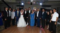 CHP'lileri Buluşturan Düğün!