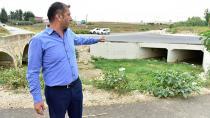 Tarihi köprüye asfalt ve beton 10 yıl önce dökülmüş!