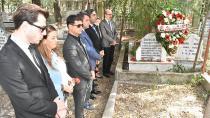 ilk ziyaretlerini  öldürülen Av. Savaş Bedir'in mezarına yaptılar!