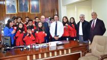 Adana'dan 12 sporcu müsabakalara katılacak!
