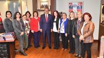 """Başkan Çetin, """"Kadın dostu belediyeyiz"""""""