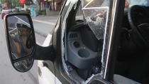 Polis camı kırarak hayat kurtardı...
