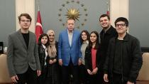 Erdoğan, Adanalı Öğrencileri Külliye'de Ağırladı