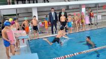 'Yüzme Bilmeyen Kalmasın' Projesi Adana'da da Hayata Geçirildi