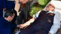 Vali Demirtaş'tan Kan Bağışı Kampanyasına Destek
