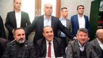 Cumhur İttifakı adayları Yeni ve Sözlü omuz omuza