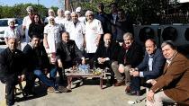 Karalar, babasının çalıştığı mezbahaneyi ziyaret etti