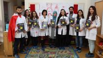ÇÜ Eczacılık Fakültesi Öğrencilerine Poster Ödülü