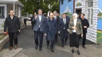 Vali Demirtaş,  oy toplama merkezlerini inceledi