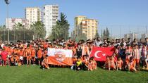Adanaspor, 23 Nisan'ı genç sporcularıyla kutladı