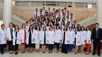 Eczacılık Gününde 60 Öğrenci Beyaz Önlüklerini Törenle Giydi