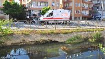 Sulama kanalına düşen çocukları vatandaş kurtardı