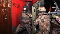 Uyuşturucu ticareti yaptıkları iddiasıyla iki kişi tutuklandı