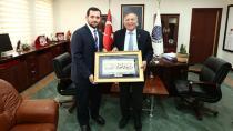 SP'li  Çalışkan'dan Başkan Akay'a ziyaret...