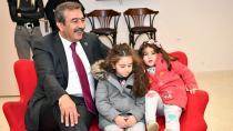 Başkan Çetin miniklerle eğlendi