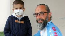 Fırsatçılardan dolayı lösemi hastaları maske bulamıyor