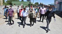 Ceyhan'da belediye ekipleri sorunları gideriyor