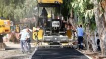 Büyükşehir çamura karşı 330 ton asfalt döktü