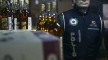 Adana'da 7 bin 300 litre sahte içki imha edildi...i