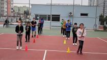 Seyhan Belediyesi'nden ücretsiz tenis kursu