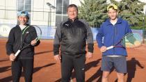 Fransa ve İstanbul'dan Atlıspor tenise geldiler...