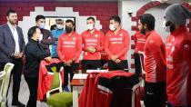 Başkan Uludağ'dan Sarıçam Kürkçüler Spor'a moral ziyareti