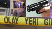 Emekli polis memuru kahvehanede tartıştığı 2 kişiyi öldürdü
